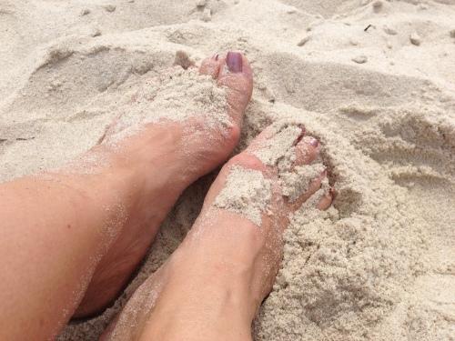 feet sand