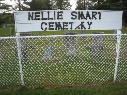 Nellie Smart sign