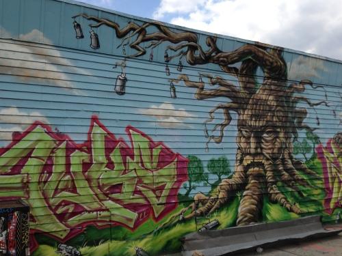 paint tree