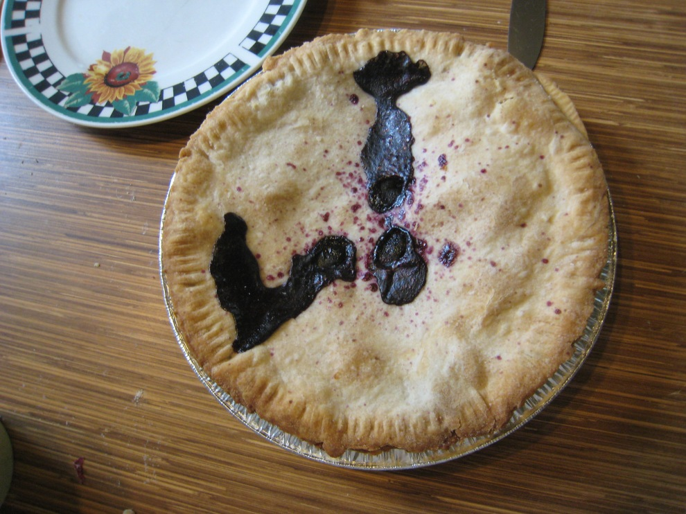pie next to plate