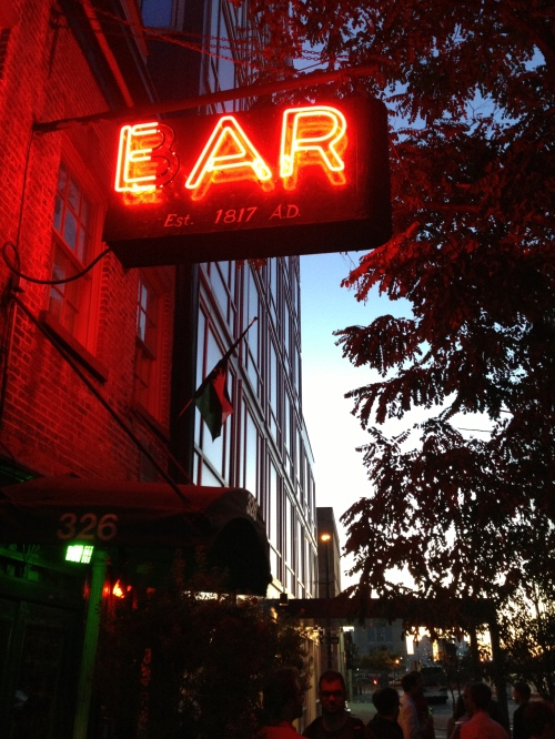 ear inn outdoor sign