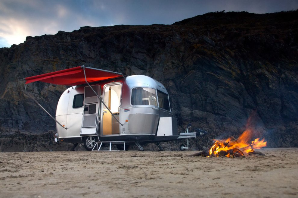 Airstream-Trailer-422-2